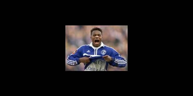 Schalke 04 suspend Emile Mpenza - La Libre
