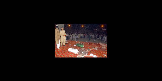 Une explosion fait 40 morts à Karachi - La Libre