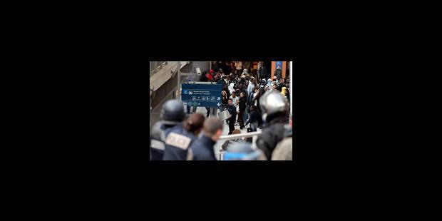 Les émeutes provoquent un choc Sarkozy/Royal - La Libre