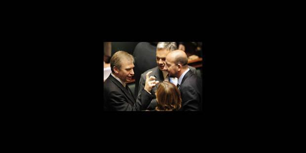 """""""Garder son sang-froid pour rétablir les relations diplomatiques"""" - La Libre"""