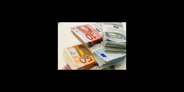 Les 27 approuvent une directive sur l'échange d'informations fiscales - La Libre
