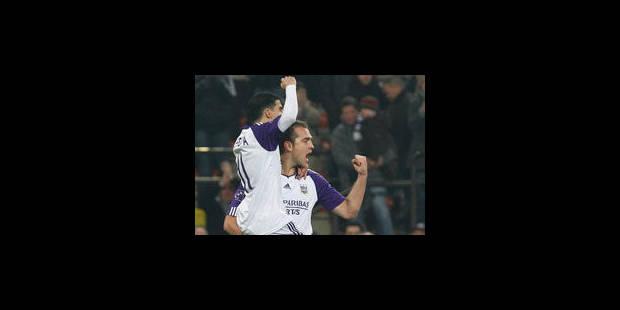 Anderlecht évite la défaite sur le fil face à Genk (1-1) - La Libre