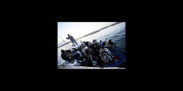 Tunisie: opération de sauvetage en mer de 700 migrants fuyant la Libye - La Libre