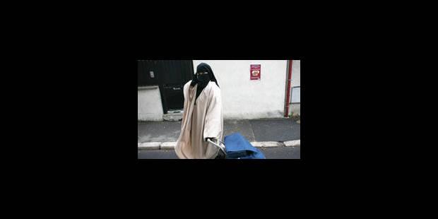 La loi anti-burqa contestée - La Libre