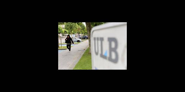 Le syndicat étudiant FGTB-Bruxelles bloque à nouveau le rectorat de l'ULB - La Libre