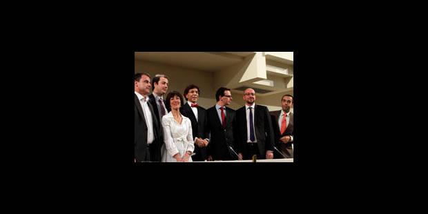 Accords conclus sur la Défense, politique internationale, etc. - La Libre