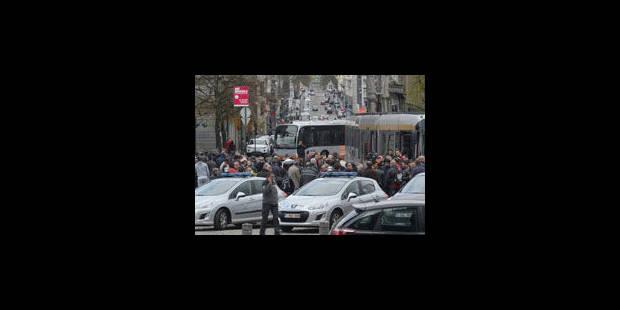 STIB: une action de solidarité dans tous les transports publics - La Libre