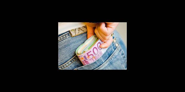 Le salaire moyen était de 3.103€ en 2010 - La Libre