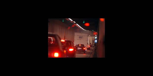 Accident : le tunnel Léopold II fermé - La Libre
