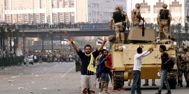 Egypte: au moins 40 civils tués dans les heurts entre policiers et pro-Morsi - La Libre