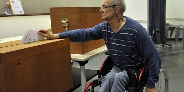 Milquet et Courard veulent faciliter l'accès aux bureaux de vote - La Libre