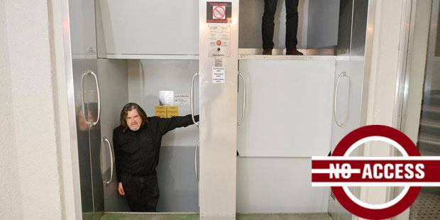 SNCB: En montant dans l'ascenseur paternoster, l'hésitation peut se payer cher - La Libre