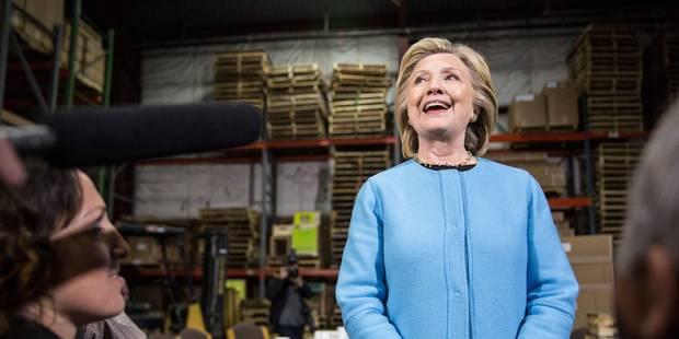 Hillary Clinton élude les questions critiques sur la Fondation Clinton - La Libre