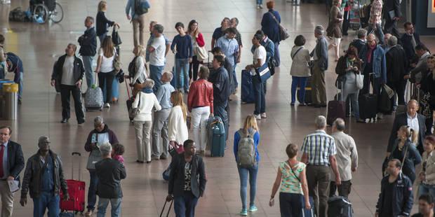 Les inspecteurs de Brussels Airport réclament la clarté sur leur statut et leurs tâches - La Libre