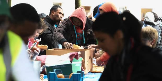 Demandes d'asile: Le WTC3 ouvrira ses portes lundi soir, pas d'autres places prévues - La Libre