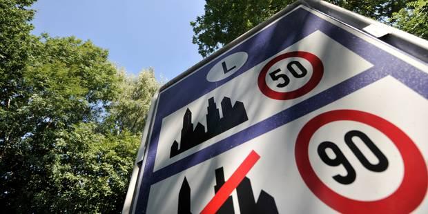 À Berloz, la ville commande de nouveaux panneaux... mais pas les poteaux - La Libre