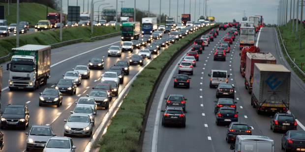 Deux accidents perturbent la circulation sur le ring extérieur de Bruxelles - La Libre