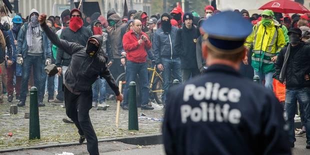 Manifestation nationale : 80.000 manifestants selon la police et 200 anarchistes en fin de parcours - La Libre