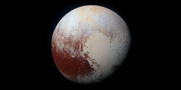 Pluton révèle une variété riche de couleurs (PHOTOS) - La Libre
