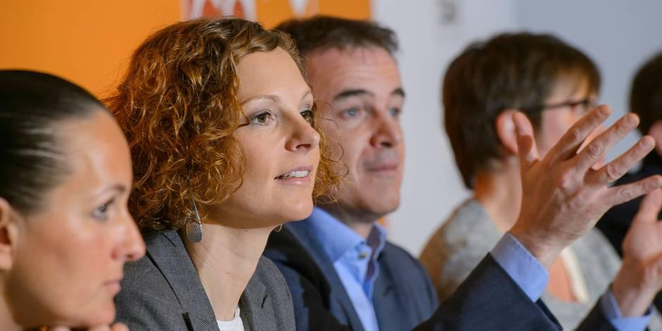 """""""Côté francophone, des gouvernements pléthoriques et mal fichus"""" - La Libre"""