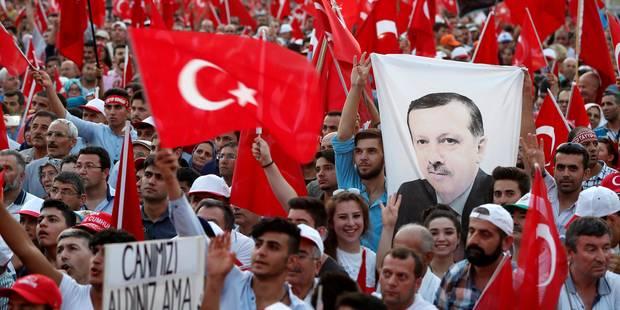 """La Turquie avertit Washington de ne pas sacrifier les relations pour le """"terroriste"""" Gülen - La Libre"""