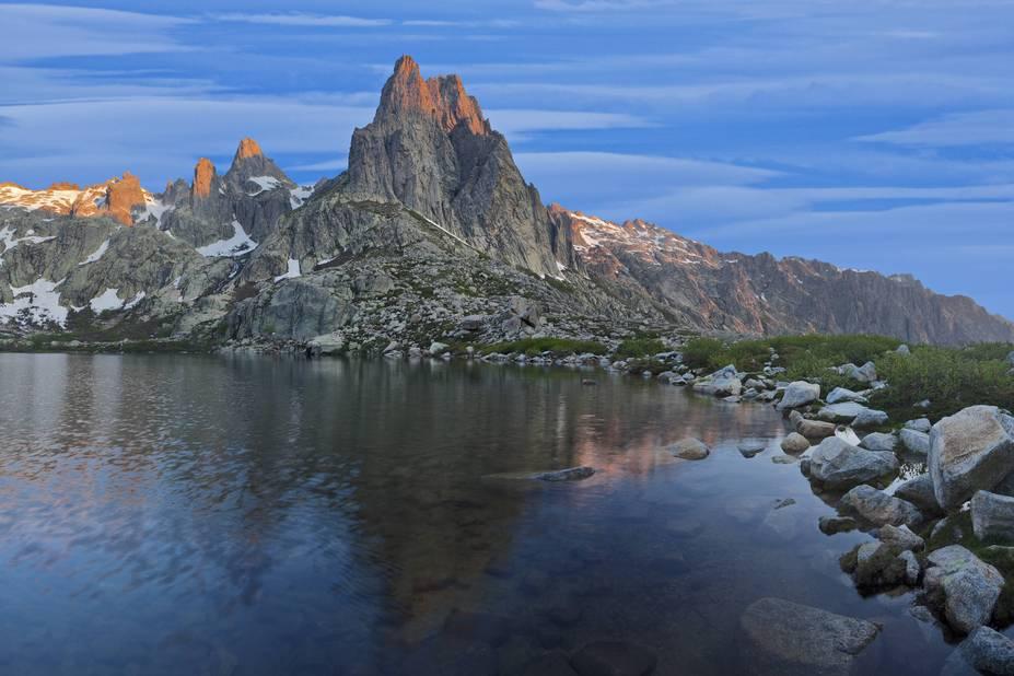En Haute Corse, il y a aussi des lacs, des rivièeres, des cascades. Ici le lac de Melo à Lombarduccio.