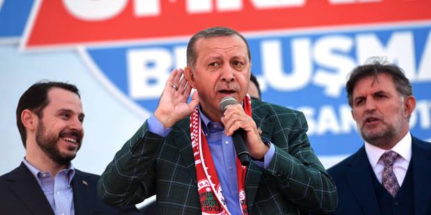 """Référendum en Turquie: 300 Kurdes manifestent pour dire """"non"""" à Erdogan - La Libre"""