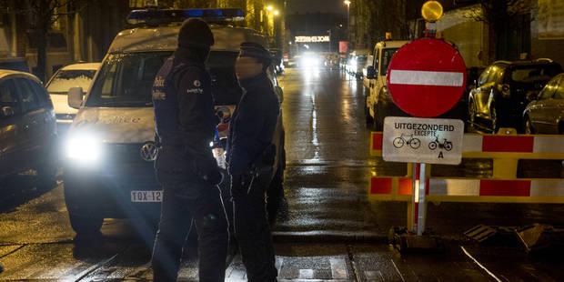 Quatre perquisitions la nuit dernière à Molenbeek: Cinq suspects auditionnés - La Libre