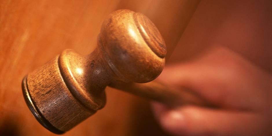 """Une faute dans la vie privée peut-elle devenir un """"motif grave"""" dans la vie professionnelle ? - La Libre"""