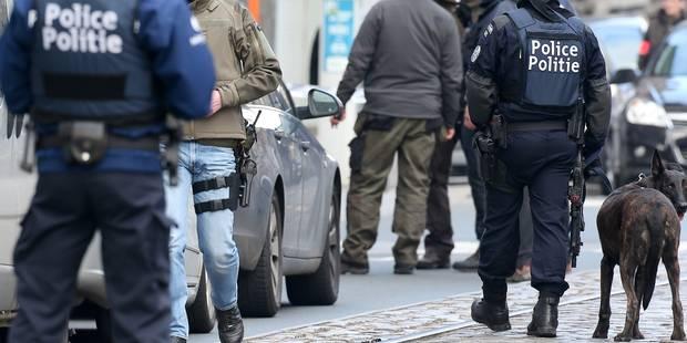 Perquisition trop violente à Schaerbeek? Huit policiers en justice - La Libre