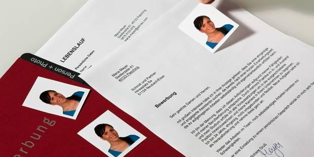 Bruxelles valide l'usage de faux CV contre la discrimination à l'embauche - La Libre