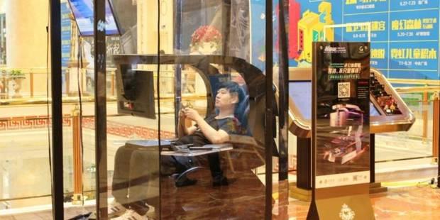 Chine: des cabines de sieste pour les maris allergiques au lèche-vitrines - La Libre