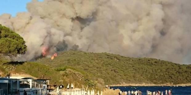"""En France, incendies """"extrêmement virulents"""" dans le Golfe de Saint-Tropez et dans plusieurs départements (VIDEO) - La L..."""