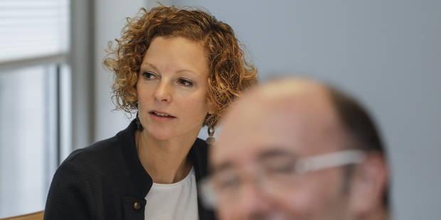 Deux professeurs suspendus assignent en justice Marie-Martine Schyns - La Libre