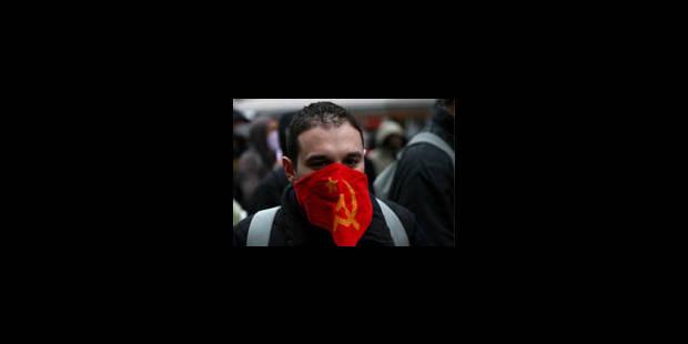 Le conflit se radicalise, la tension monte dans les banlieues - La Libre