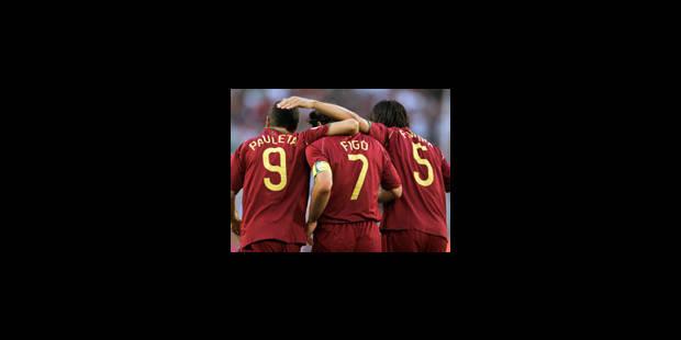 Pauleta offre la victoire au Portugal
