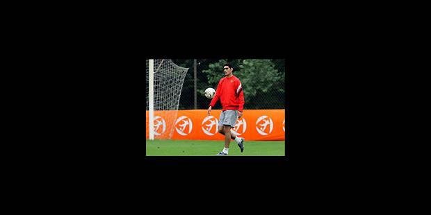 Fellaini (re)signe au Standard... - La Libre