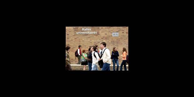 Masters et enveloppes (trop) fermées - La Libre