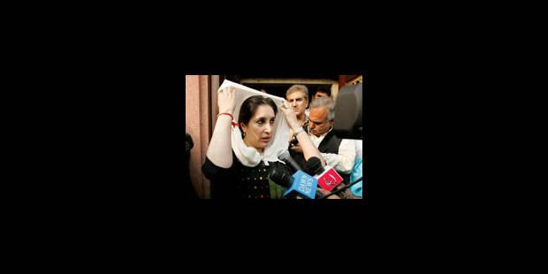 Benazir Bhutto retourne sa veste - La Libre