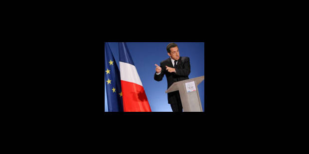 """Sarkozy """"assume"""" et ne concède rien"""