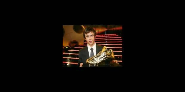 Le Soulier d'Or 2007 pour Steven Defour - La Libre