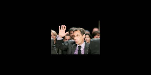 Nicolas Sarkozy ne baisse plus les bras