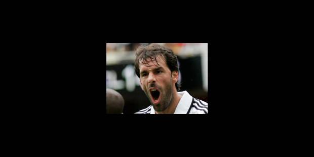 Van Nistelrooy prend sa retraite internationale - La Libre