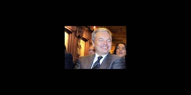 Reynders en contact permanent avec ses homologues européens