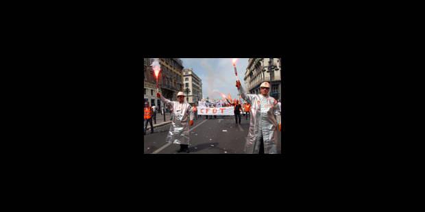 ArcelorMittal : les syndicats manifestent - La Libre