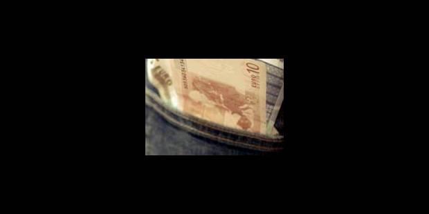 Les banques font les yeux doux aux ados - La Libre