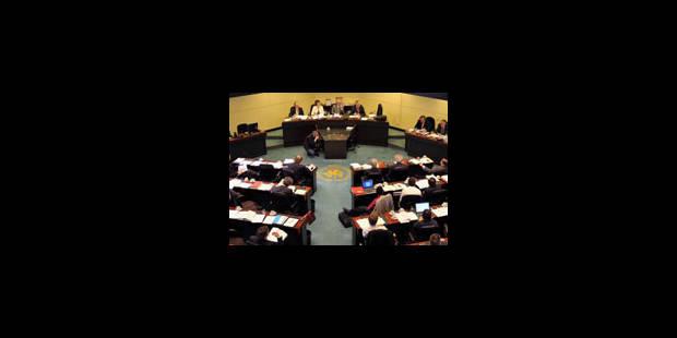 La commission propose une autre piste pour l'avenir de la CBFA