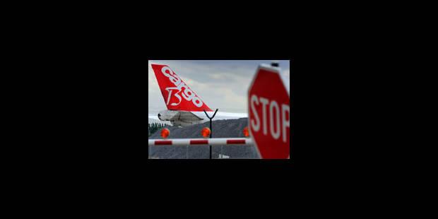 Les actions des contrôleurs aériens suspendues
