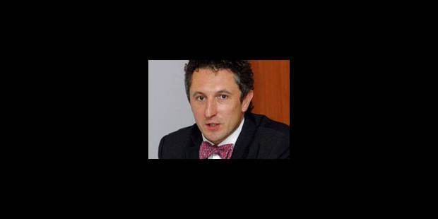 Luc Partoune déchiré en deux - La Libre
