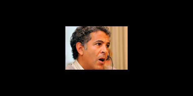 La police tabasse des détenus: Ecolo demande une enquête du comité P - La Libre